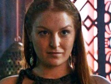 La actriz Josephine Gillan, caracterizada como su personaje en 'Juego de Tronos'