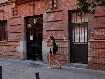Fachada de la vivienda de Pilar donde fue asesinada presuntamente por su pareja