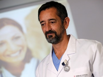 El doctor Pedro Cavadas