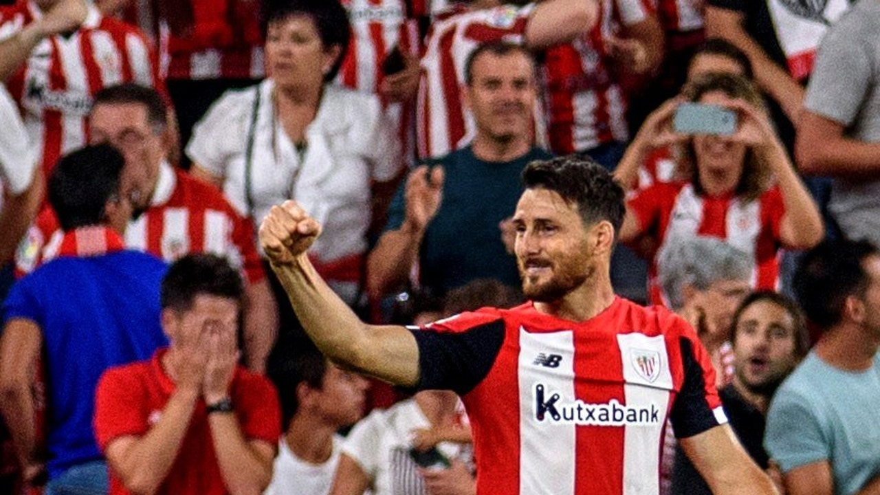 Aduriz celebra su gol contra el Barça