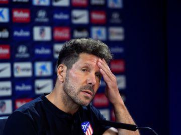 Simeone, durante la rueda de prensa