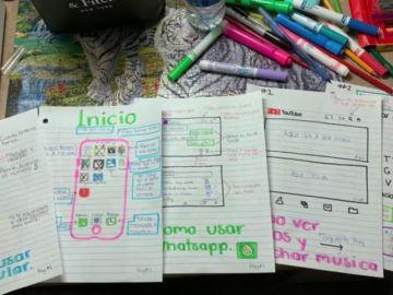 La creativa idea de una joven para explicarle a su abuela cómo funciona su móvil
