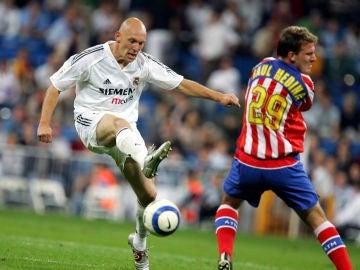 Thomas Gravesen, con el Real Madrid frente al Atlético