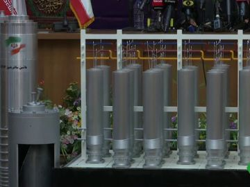 Irán pone en marcha centrifugadoras para aumentar sus reservas de uranio