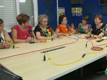 """Las lideresas de Villaverde, las ancianas que trabajan por la igualdad de género en Madrid: """"Hablamos de sexo, poliamor y cannabis medicinal"""""""