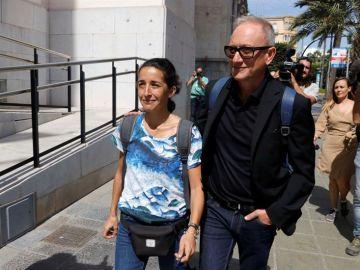 Patricia, la madre de Gabriel, a su llegada al juicio contra Ana Julia Quezada
