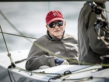 El Rey Juan Carlos en una de las regatas de Sanxenxo en una imagen de archivo