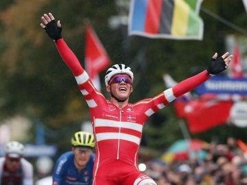 Mads Pedersen, campeón del mundo de ciclismo
