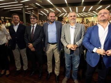 Líderes políticos en el acto de Societat Civil Catalana