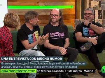 """La surrealista discusión entre Mota, Flo y Santiago Segura por los pedos en la gira: """"Eres mu tonto y envidioso"""""""
