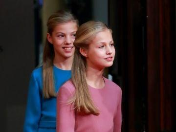 La princesa Leonor y la infanta Sofía en Oviedo.