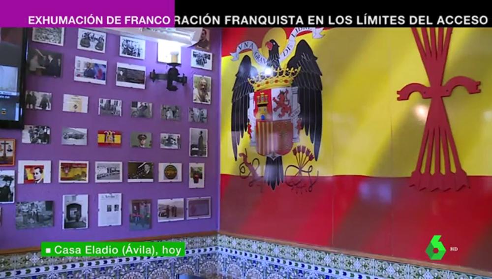 Celebraciones con la Internacional como himno frente a la nostalgia franquista: las dos caras de la exhumación de Franco