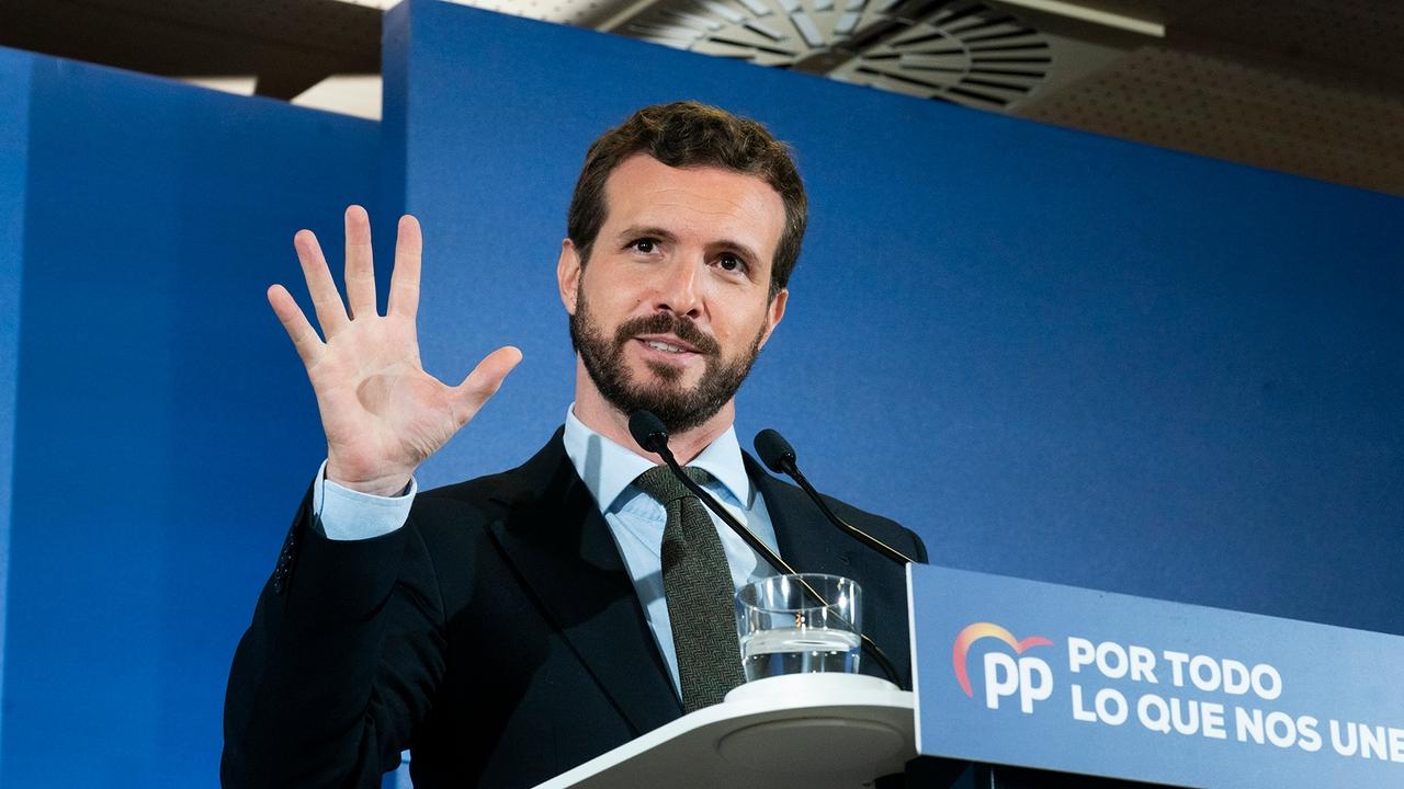 Pablo Casado en un acto del PP en Santander