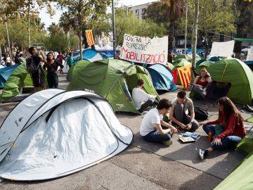 Imagen de archivo de la acampada en plaza Universidad de Barcelona