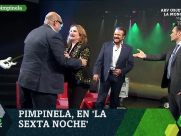 """laSexta Noche cumple el """"sueño"""" del periodista Miquel Giménez: conocer a Pimpinela"""