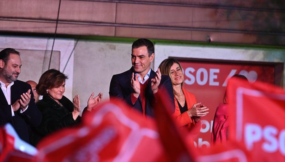 El líder del PSOE, Pedro Sánchez, celebrando los resultados del 10N