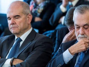 Los expresidentes andaluces Manuel Chaves y José Antonio Griñán