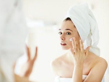 Es fundamental hidratarse la piel