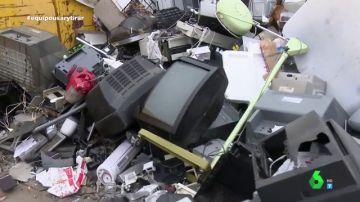 Triturado, descontaminación... así se reciclan los electrodomésticos para convertirse en coches, bicicletas o grifos