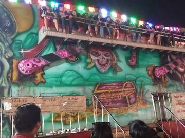 Accidente de atracción en Tailandia
