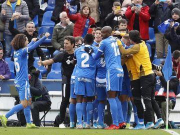 El Getafe celebra uno de sus goles ante el Valladolid