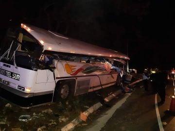 Imagen del autobús accidentado en Guatemala