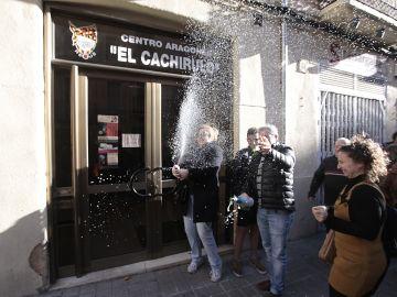 El Centro aragonés Cachirulo de Reus (Tarragona) reparte 320 millones del Gordo