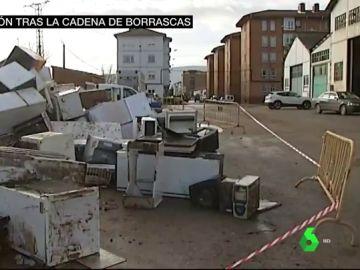 Siete muertos y calles convertidas en vertederos: los estragos de las borrascas que han azotado España