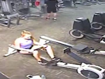 Una joven sufre una parada mientras hace ejercicio
