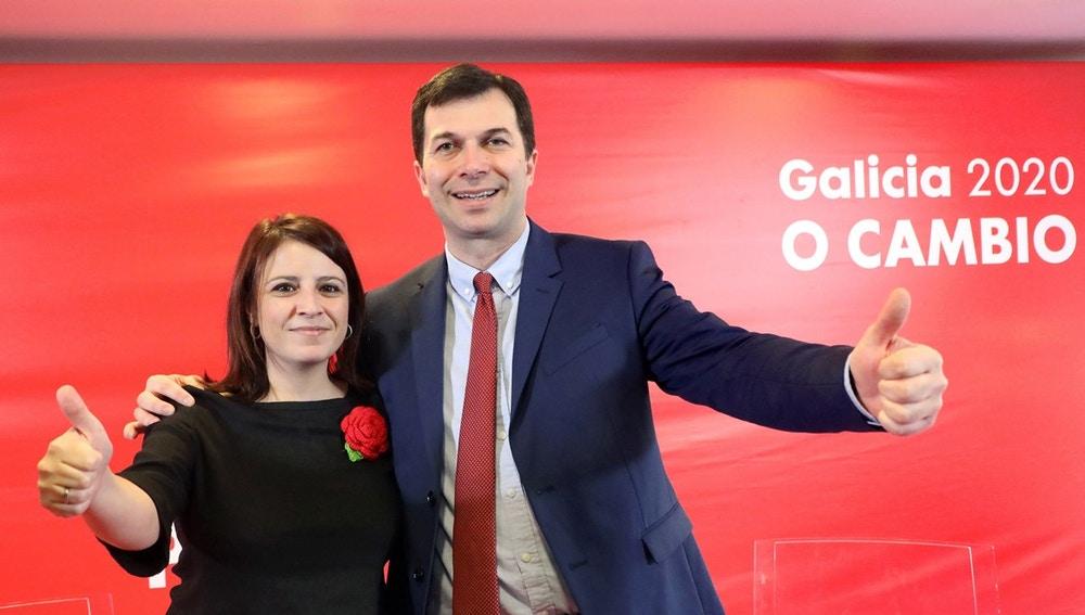 La vicesecretaria general del PSOE, Adriana Lastra con el secretario general de los socialistas gallegos, Gonzalo Caballero