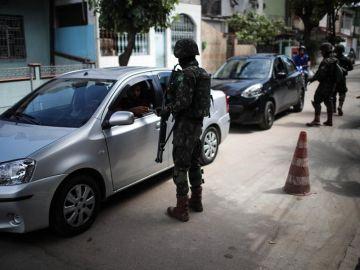 Policías en Brasil (Archivo)