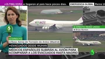 El avión británico con los repatriados de Wuhan aterriza