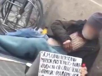 Detenidos por obligar a un hombre a practicar la mendicidad 18 horas al día en Barcelona sin comida ni bebida