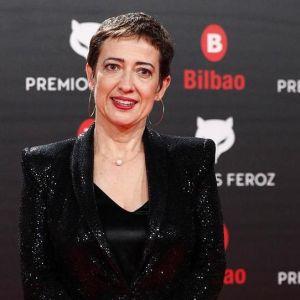 María Guerra, presidenta de la Asociación de Informadores Cinematográficos de España, en la alfombra roja de los Premios Feroz