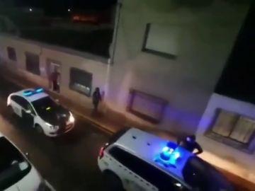 El emocionante 'Cumpleaños Feliz' de la Guardia Civil a un niño de seis años en Albox (Almería)