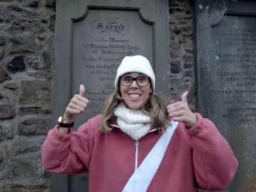Amaya Valdemoro en busca de Harry Potter en Escocia
