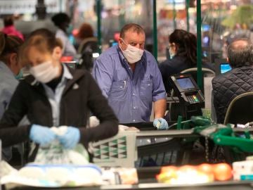 Guía para hacer la compra: trucos y consejos y trucos para evitar contagios por coronavirus