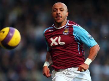 Faubert, en un partido con el West Ham