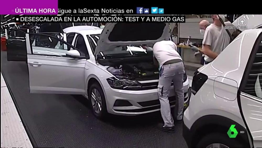Desescalada en la automoción: algunas fábricas de vehículos reabren entre estrictas medidas de seguridad