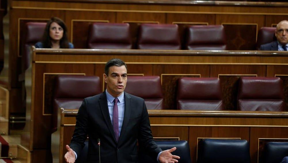 El presidente del Gobierno, Pedro Sánchez, durante su intervención en el Pleno de control al Ejecutivo.