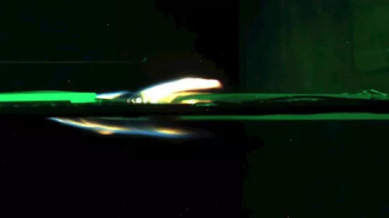 Imagen de un experimento de fuego en el espacio