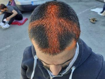 Pintan cruces en la cabeza de varios migrantes con spray a su llegada a Croacia