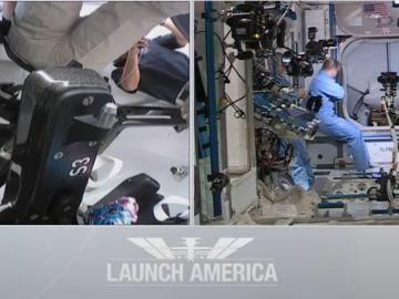 Astronautas en el interior del cohete Dragon Endeavour