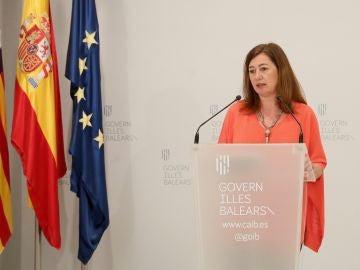 La Presidenta del Govern, Francina Armengol, en rueda de prensa tras celebrar una nueva conferencia de presidentes autonómicos.
