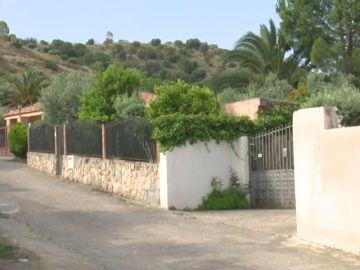 Más de 20 personas celebran una fiesta ilegal en una casa alquilada en Las Herencias, Toledo