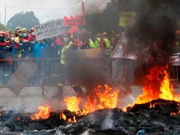 Protestas de los trabajadores de Alcoa contra los despidos