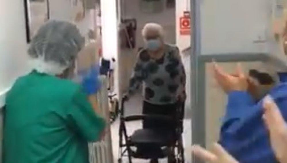 La bisabuela de Cesc abandona su habitación