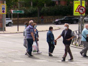 Los vecinos de Vallecas aprueban, bajo control, la llegada del ingreso mínimo vital.