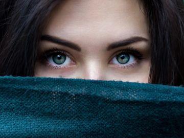Imagen de archivo de una joven