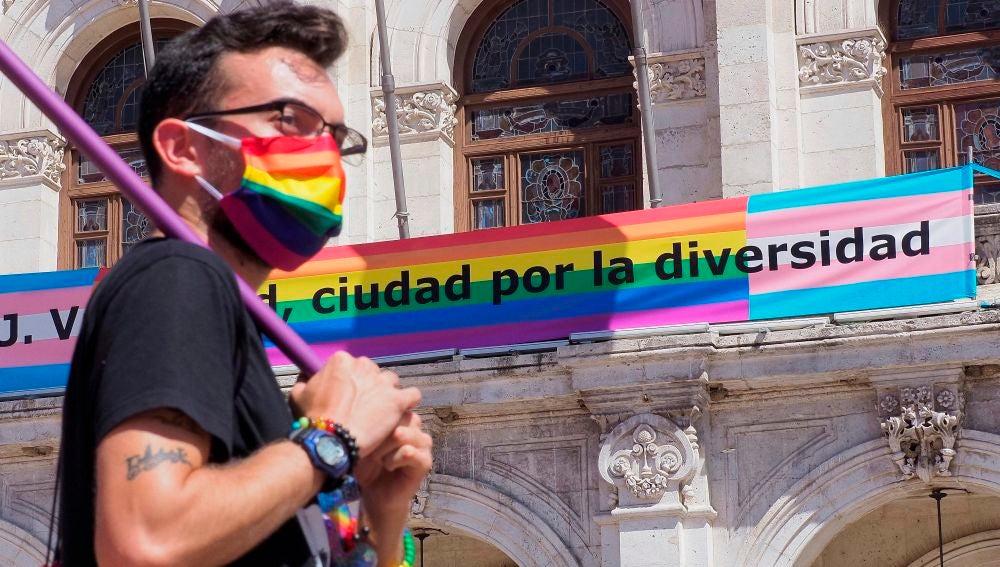 Concentración en Valladolid por el Día del Orgullo